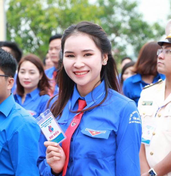 """Bài viết Sinh viên Trường Đại học Hà Tĩnh được nhận Danh hiệu """"Sinh viên 5 tốt"""" và Giải thưởng """"Sao Tháng Giêng"""" cấp TW năm 2017"""